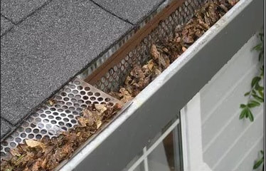 Gutter cleaning services in Gurnee, IL